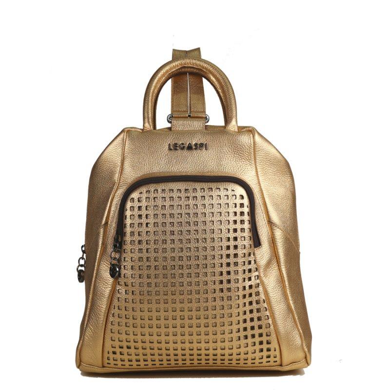 mochila-em-couro-dourado-com-recorte-laser