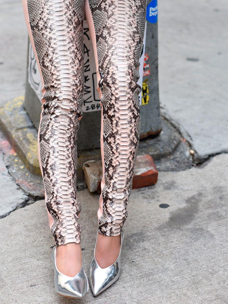 Calça Skinny em Couro de Python - Liziane Richter
