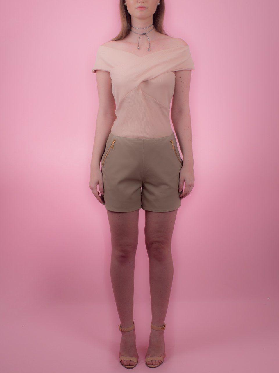 Shorts com Zíperes nos Bolsos - Liziane Richter